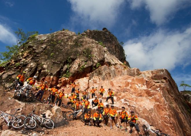 Bukit Batu dan AxiCBic Pekanbaru (Pic: Yusfian)